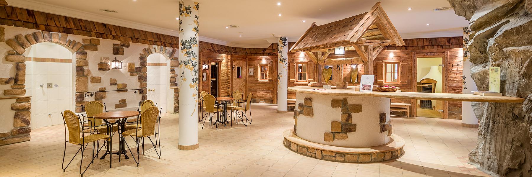 Saunawelt im Wellnesshotel Waidringer Hof in den Kitzbüheler Alpen